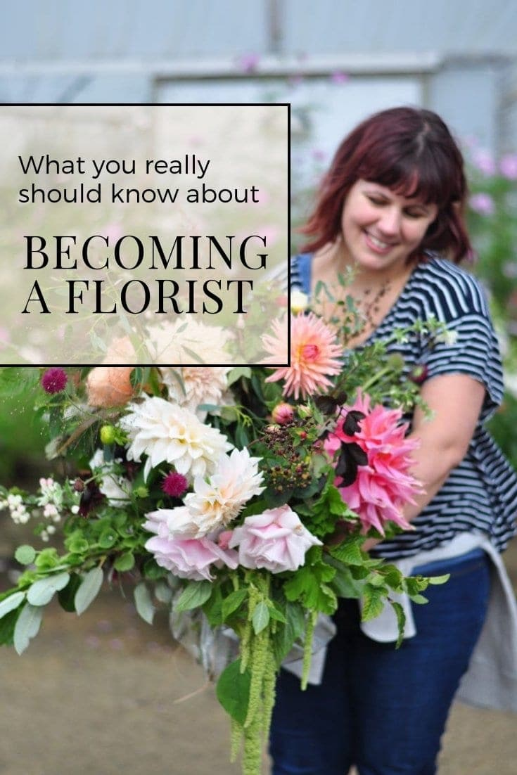 So you want to become a florist? I love my career, but, there are some things I wish I'd known about before becoming a florist. Today I am going to share my top three things I wish I'd known about floristry before I started. Head over to our blog to read the full story www.greenparlour.com/blog/becoming-a-florist